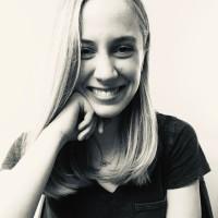 Ellie-Cummins-Blog-Bio-Photo